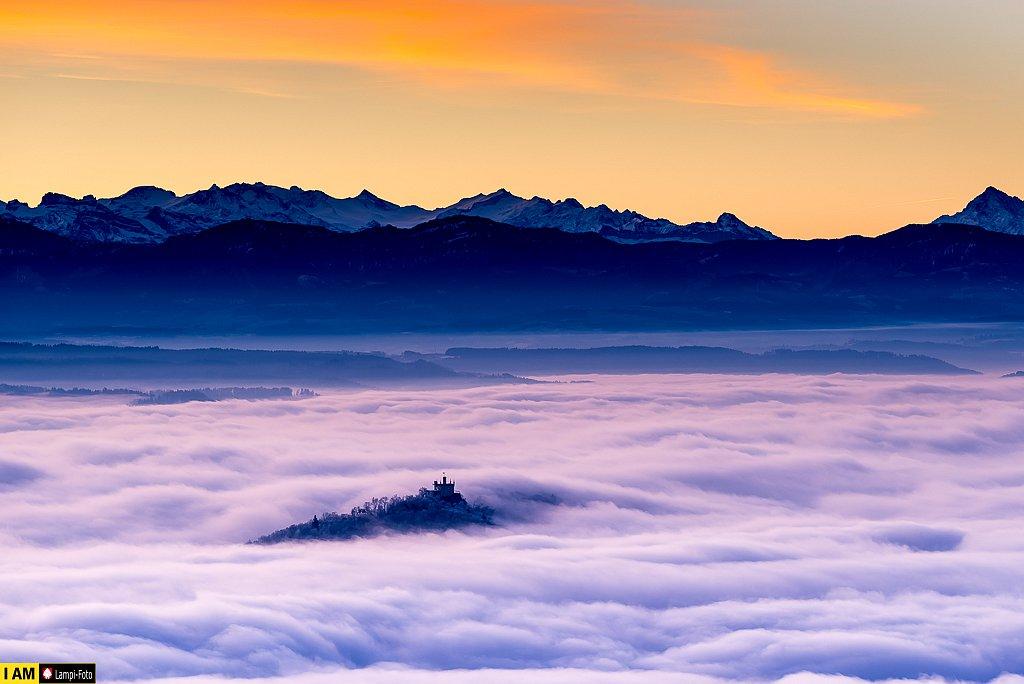 Säli Schlössli als Insel im Nebelmeer