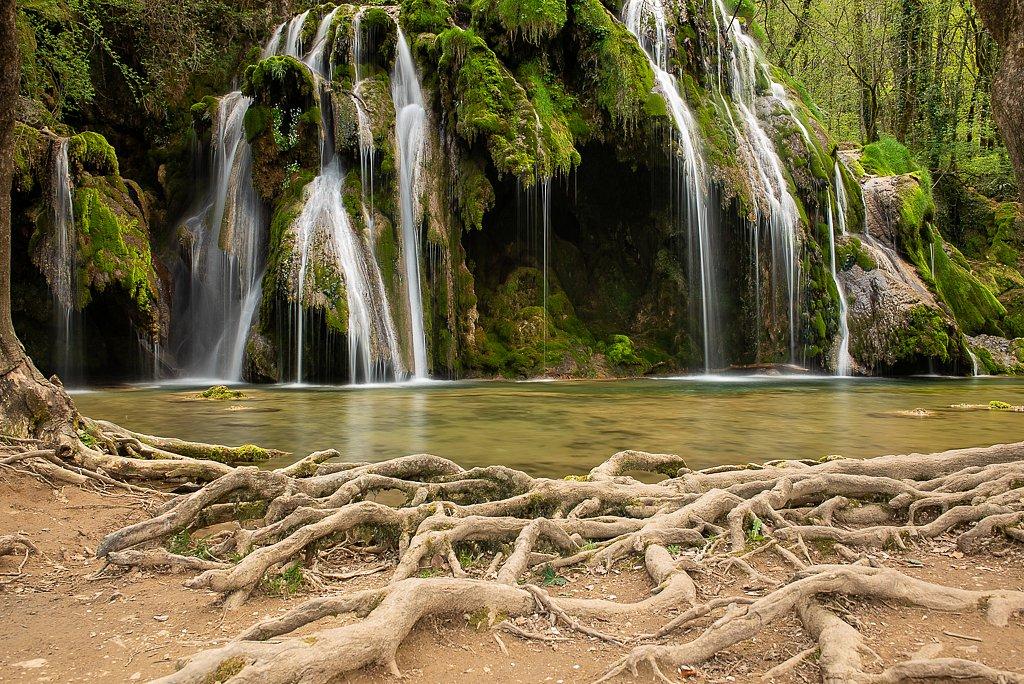 Planches-près-Arbois, Cascade des Tufs
