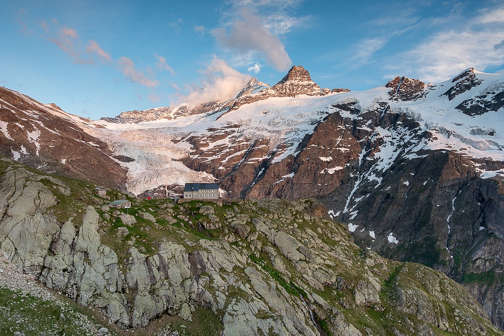 Glecksteinhütte SAC 2317 m